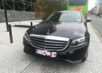 Mercedes Benz E class 4
