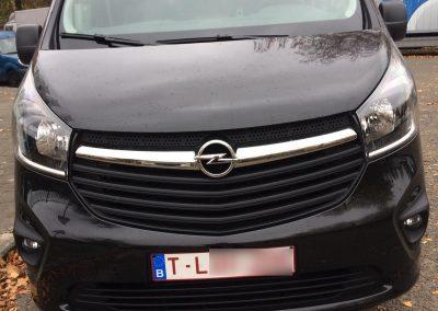 Opel Vivaro front